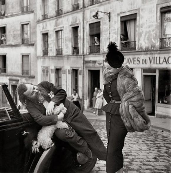 Richard Avedon, Christian Bérard and Renée, suit by Dior, Paris, August 1947