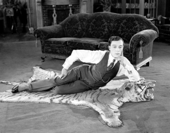 The Navigator Directed by Buster Keaton, starring Keaton and Kathryn McGuire.